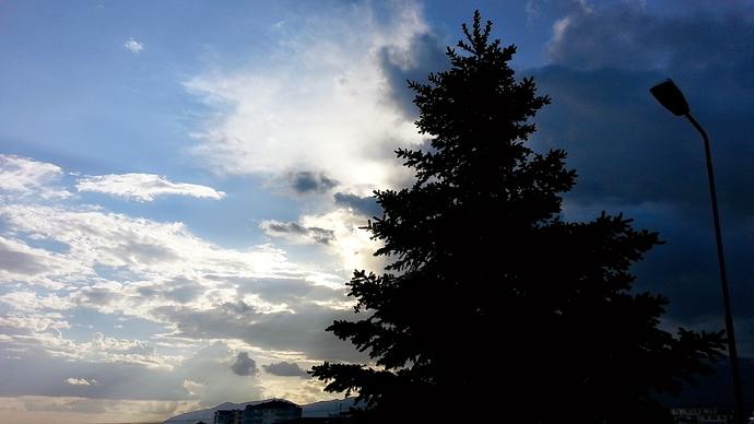 C360_2015-05-23-18-07-01-222