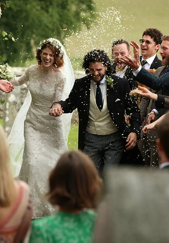Kit%20Harington%20and%20Rose%20Leslie%20marry
