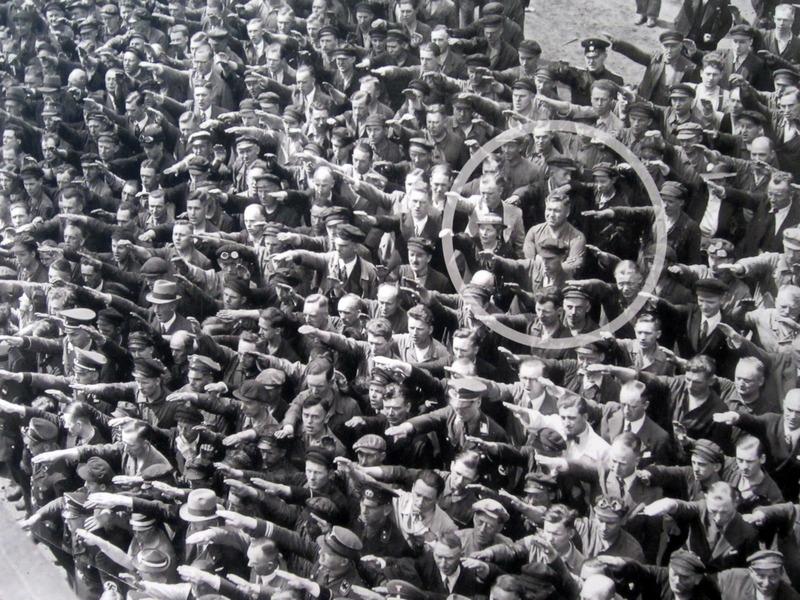 August-Landmesser-Hamburg-13-June-1936
